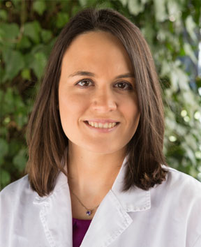 Dra. Ana Bolívar